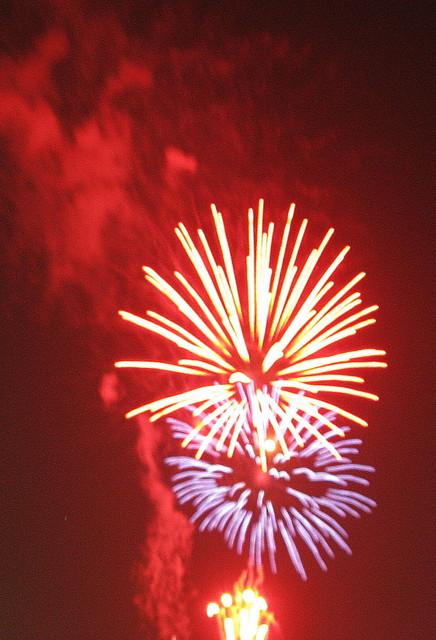 2008、村の花火.16