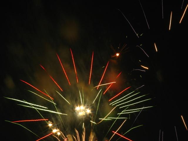 2008、村の花火.9