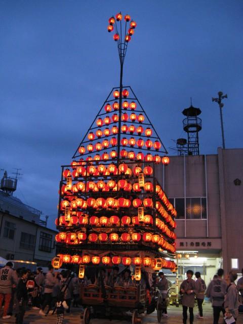 安達太良神社祭礼の太鼓台